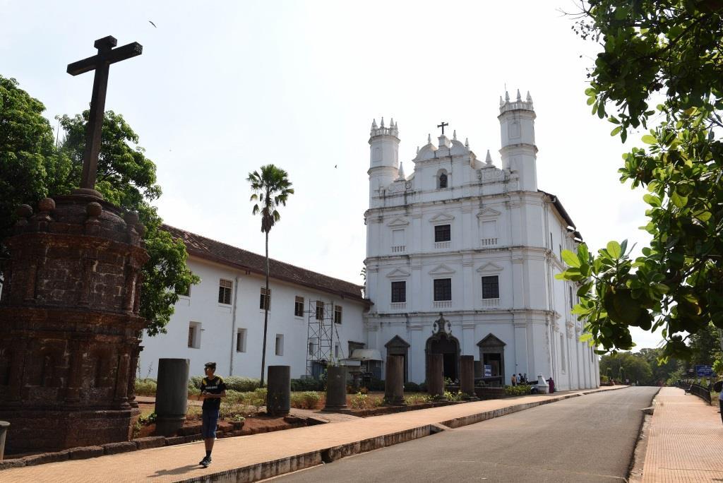 Church of Saint Catherine b