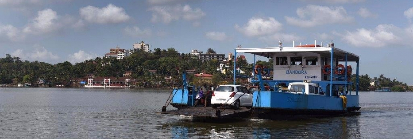 How to reach – Ferry from Ribandar to Chorao